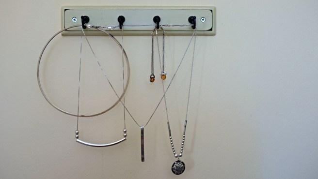 silver necklaces wide
