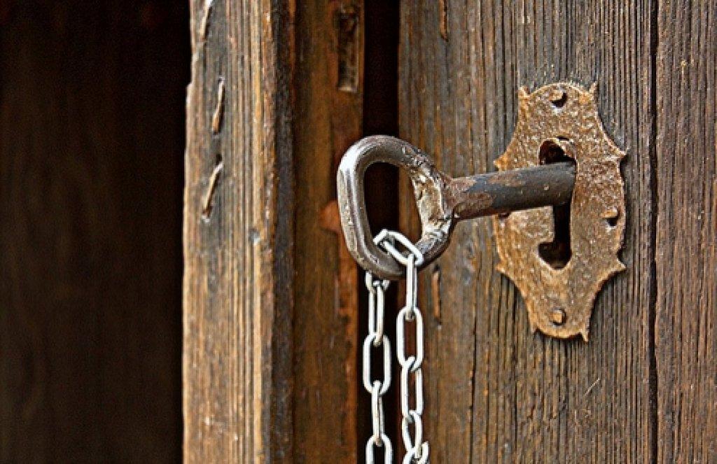 Los 5 métodos más usados por los ladrones para abrir puertas