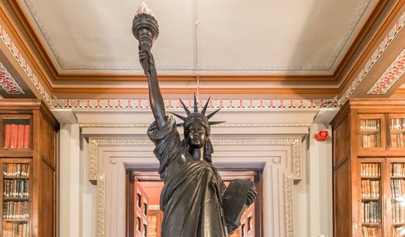 Estatuta de la Libertad en la Biblioteca Arús de Barcelona