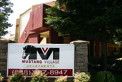 mustang-village
