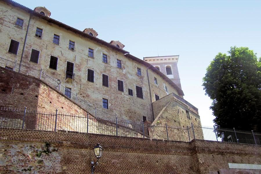 La fiera di maggio al castello di Moncucco