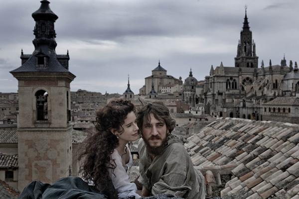 Pilar López de Ayala y Alberto Ammann, en 'Lope'