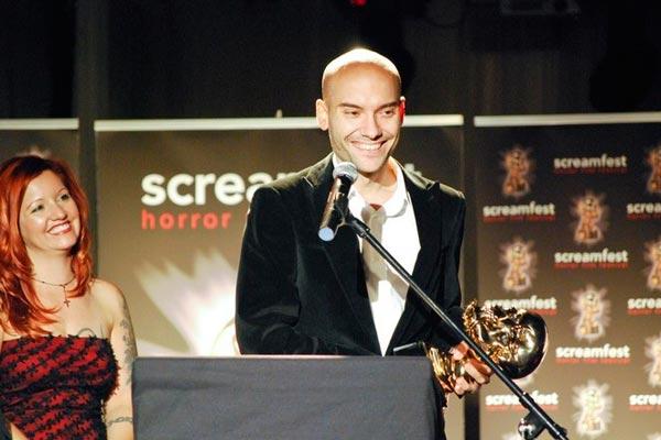 Francisco Javier Gutiérrez recoge el premio al mejor director por '3 días' en el Screamfest