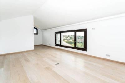contemporary villa for sale022