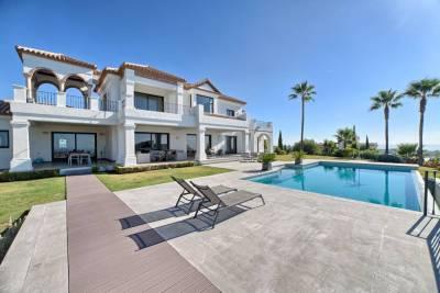 featured villa for sale los flamingos004