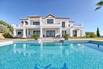 featured villa for sale los flamingos006