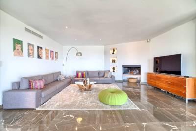 featured villa for sale los flamingos020