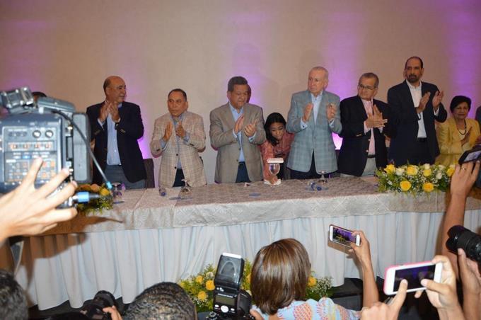 Leonel Fernández dice inicia lucha sin descanso por Constitución