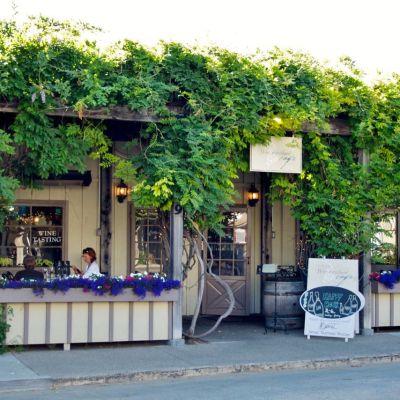 Los Olivos Cafè & Wine Merchant