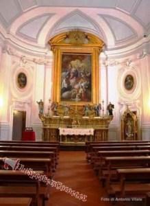 5) l'altare Maggiore