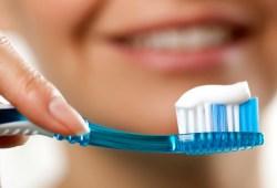Por qué es importante cepillarse los dientes cada día