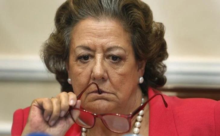 La exalcaldesa de Valencia, Rita Barberá, murió en plena investigación