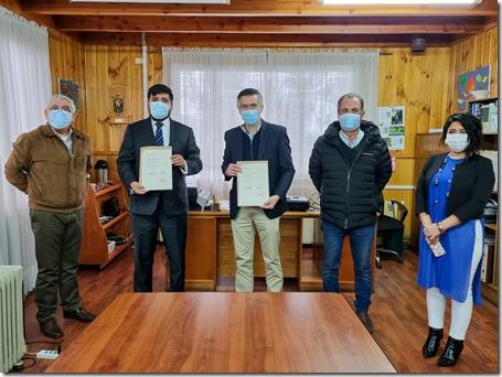 Corporación Municipal de Panguipulli y Contraloría General de La República firman inédito convenio 1