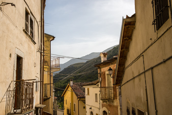 Houses in Cocullo, Village in Abruzzo Italy | LOST NOT FOUND | Reflections of 5 Years of Travel