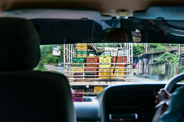 Tea being transported in Sri Lanka | LOST NOT FOUND | Thoughts & Feelings Sri Lanka
