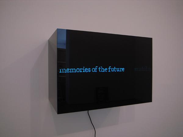 Laurent Grasso - Memories of the Future - 50x42x74cm Neon en plexiglas