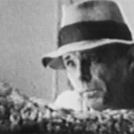 Uit de categorie klassiekers, Joseph Beuys. De collectie foto's die ik nog had liggen van zijn performance waren eigenlijk de rede om ze hier te delen. Beuys wordt vaak de […]