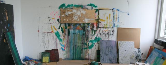 Interview afgenomen op 16 juli 2010. Het is inmiddels voor ons al weer een hele poos geleden dat we dit interview met Michiel in zijn atelier op de Rijksacademie hadden. […]