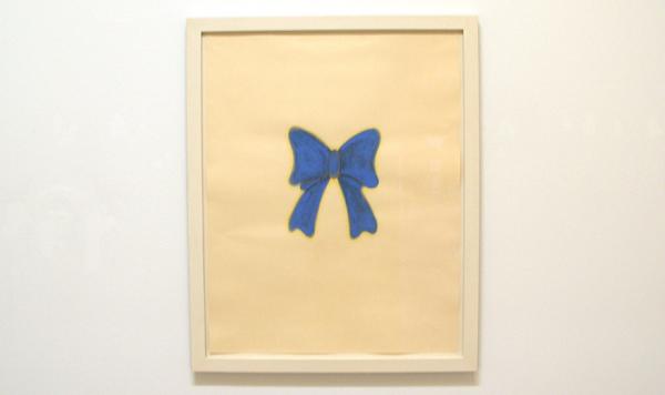 No title (blue bow) - Inkt, gouache en potlood op papier