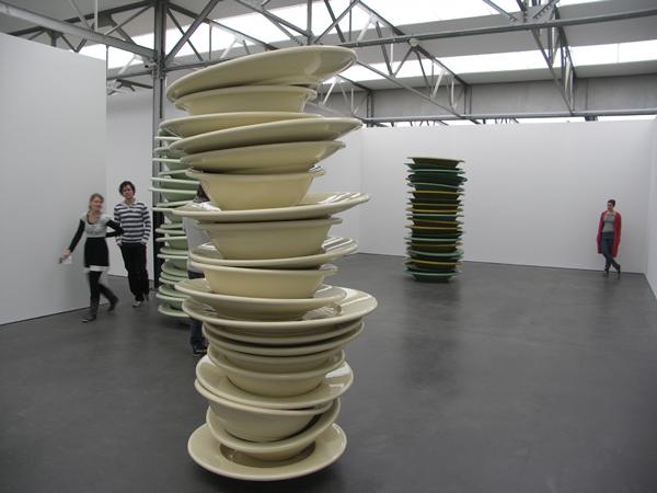 No title (stacked plates mint green) - Keramische epoxy en glasvezel