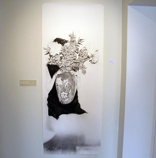 Anouk Griffioen - Zonder Titel - 70x210cm Grafiet en krijt op papier
