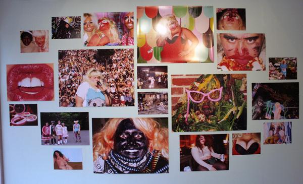Jaimie Warren - Installatie van diverse foto's