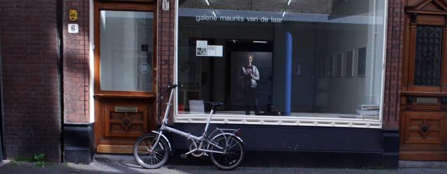 """Tekeningen zijn hip. Niet alleen was er een flinke verzameling in Schiedam onlangs, maar eerder al in Utrecht. Bijna iedere galerie heeft inmiddels minimaal 1 kunstenaar die """"tekeningen"""" maakt. De […]"""