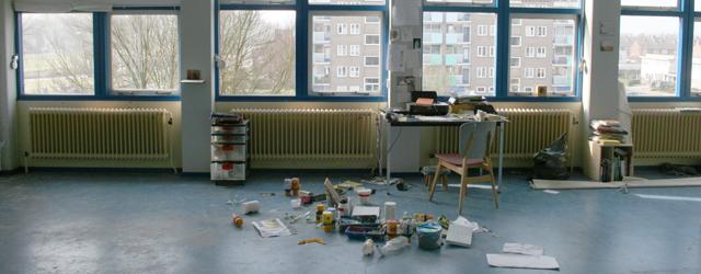 Ik was gisteren in Kipvis (Middelburg) te gast bij Giel Louws. Deze heeft niet alleen een schandalig mooi ruim atelier maar ook erg boeiend werk.   Related