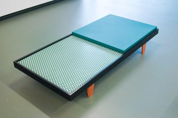 Thomas Raat - Tranquility - staal, hout en skai leder