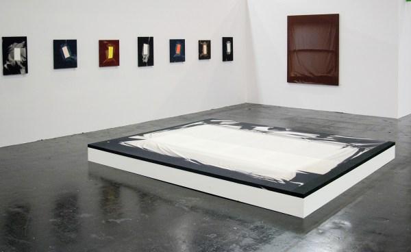 V1 Gallery & Halsey McKay - Chris Duncan