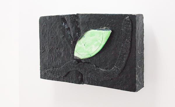 Mike Pratt - Leaf at Night - 68x38cm Olieverf en encaustiek op piepschuim
