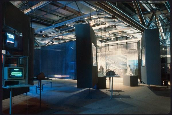 1985 - Jean-François Lyotard - Les Immateriaux, Centre Pompidou