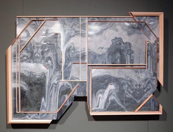 Lilian Kreutzberger - Zonder Titel - 140x100cm, Gips, digitale print en hout