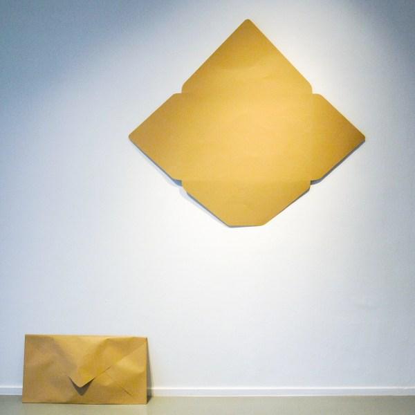 Andriesse Eyck - Michel Francois - Piece of Evidence (Closed) - 73x40x8cm & Piece of Evidence (Opened) - 91x90cm Aluminium en lakverf