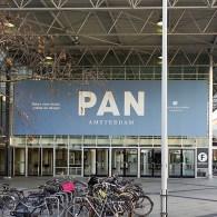Vandaag opende de PAN. Voor wie een brede interesse in kunstproductie heeft is er altijd wel wat interessants te vinden. De grootste kwaliteit van de PAN is dan ook dat […]