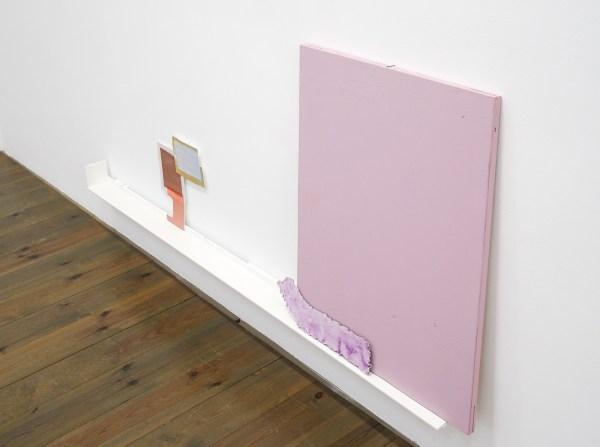 Paul Drissen - The Present, Present, Present - 82x185x11cm Hout, gesso, gouache, papier, stalen naalden (detail)