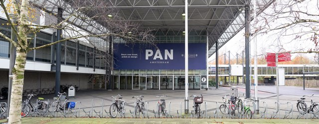 Afgelopen zaterdag opende de PAN. Voor wie een brede interesse in kunstproductie heeft is er altijd wel wat interessants te vinden. De grootste kwaliteit van de PAN is vooral dat […]