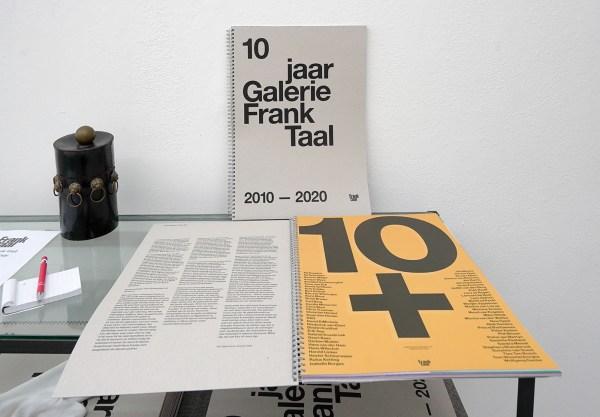 editie 20 uitnodigingen boek10 jaar Galerie Frank Taal