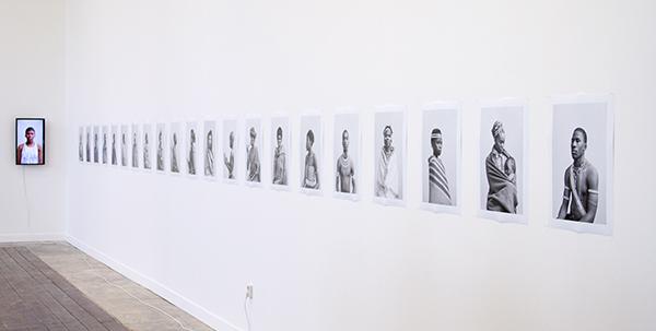 Andrew Putter - Native Work - elk 50x35cm 21 Fotografische afdrukken en 17 kleurbeelden op DVD