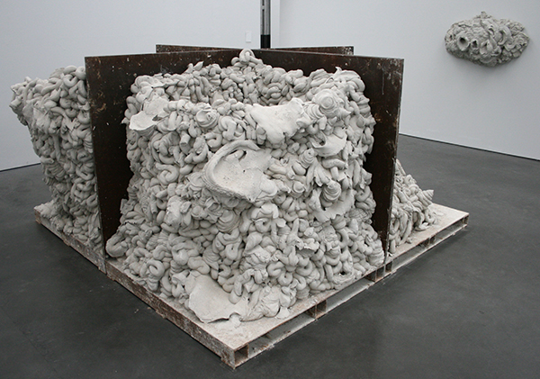 Anish Kapoor - Untitled - Cement
