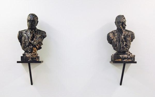 Anne Wenzel - Damaged Goods (Bust #02 & #03) - Keramiek, platinum en goud luster