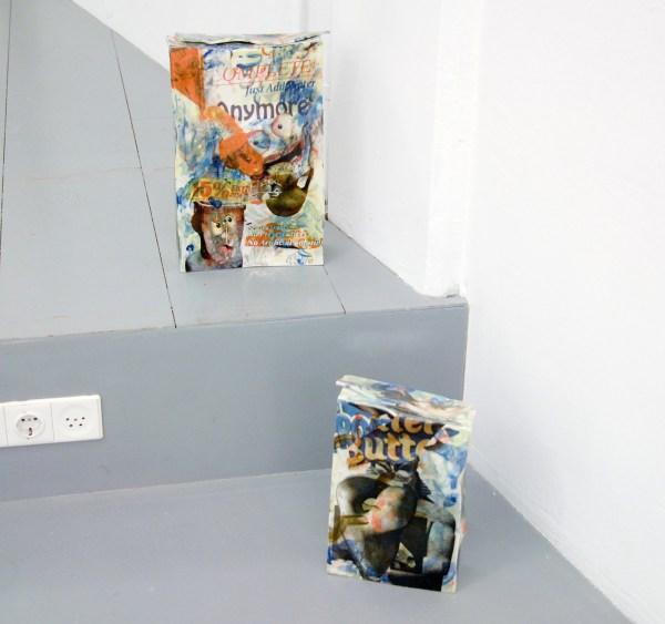 Bastien Adbry & Dimitri Broquard - Cerebral Box nr? & nr9 - Ongeveer 40x25x10cm, Beschilderd geemaileerd porselijn en digitale transferprints