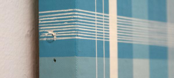 Daan van Golden - Composition with Blue Square - 70x70cm Gloss paint op canvas op paneel (detail)