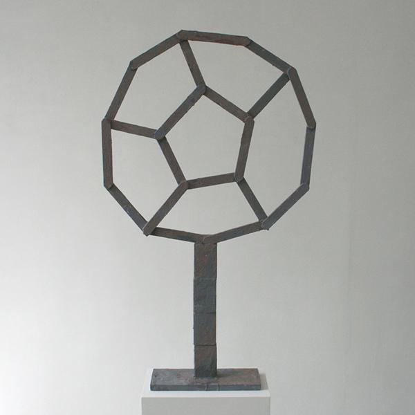 Derk Thijs - Grey Summa - 106x62x13cm Hout en encaustiek