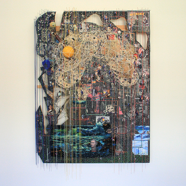 Elliot Hundley - 204x156cm Let the Whole House Crash, Season IV - Hout, inkjet, papier, metaal, foto's, plastic glas en textiel