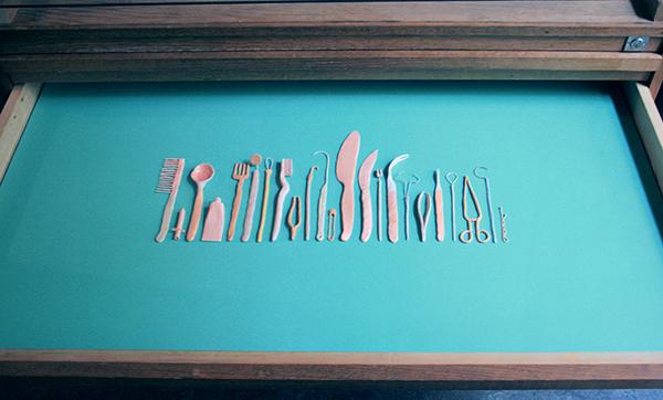 Foekje Fleur van Duin - Untitled - 30x60x2cm Porselein en keramiek, fimoklei, lak, ijzerdraad en wol