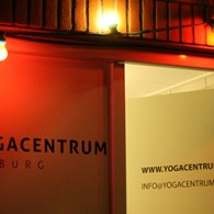 Uit de categorie vreemde combinaties deed Whatspace afgelopen cultuurnacht een avondvullend programma in een Yogacentrum. Een gekke combinatie maar eigenlijk daardoor ook een hele leuke. Er was kunst, muziek yoga […]