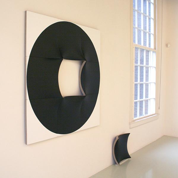 Jan Maarten Voskuil - Black Hole - Acrylverf op linnen