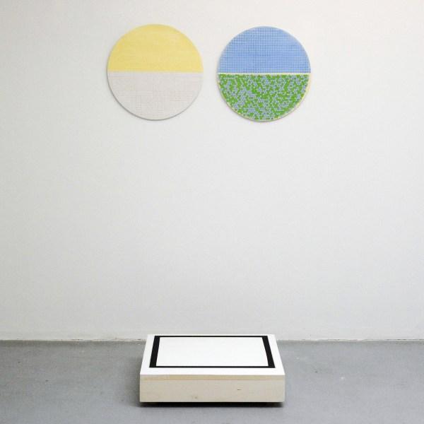 Jan ten Have - De Wereld Als Wil en Behang - 54cm Porelein en met olieverf beschilderde kist