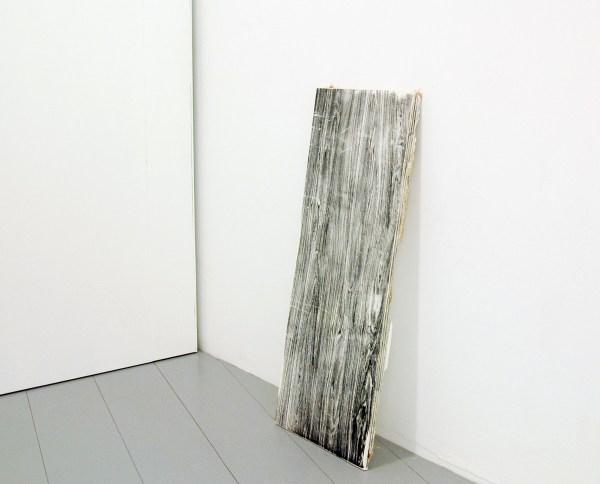 Jean-Baptiste Maitre - Plywood as Media - 112x60x3cm Zeefdruk op gips met jutte